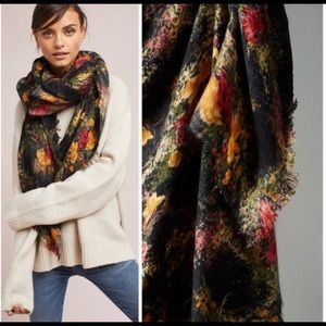HTF ANTHROPOLOGIE Luxe Carnation Scarf